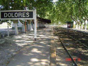Estación de ferrocarril de Dolores